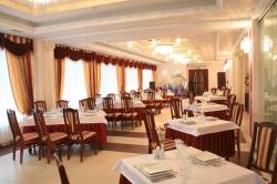 """Гостиница-ресторан """"Олимп"""". Ужгород"""