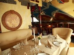 """Ресторан """"Венеция"""" приглашает на празднование новогодних корпоративов. Ужгород"""